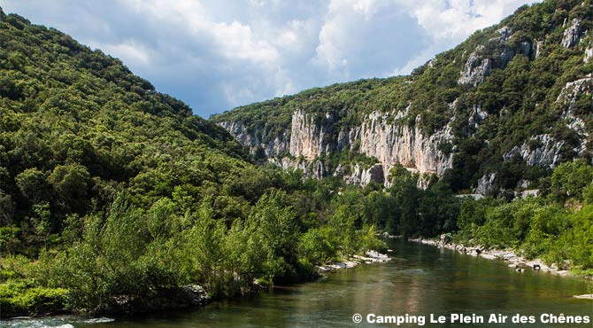 Camping sandaya le plein air des ch nes clapiers france - Piscine clapiers plein air chenes ...
